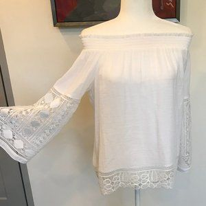 Off The Shoulder White Top Size Large